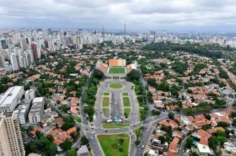 Preço de imóvel cai pela metade em bairro de SP, mas sobe quase 20% no centro